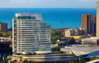 The Hilton group has decided to close down more than a thousand of its hotels globally due to a reported steep decline in revenue.
