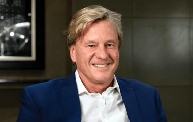 "Born and bred in South Africa, Rob Hersov, a billionaire entrepreneur wants to to build the ""Lanseria Airport of Cape Town"" 13 kilometers northeast of Durbanville."