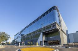Cintocare Hospital located in the green Menlyn Main precinct of Pretoria, was developed by Growthpoint Properties.