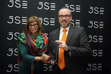 Seen on the day of Heriot REIT Limited AltX listing, Donna Nemer, Director of Capital Markets at the Johannesburg Stock Exchange (JSE) and Steven Herring, CEO of Heriot REIT Limited.