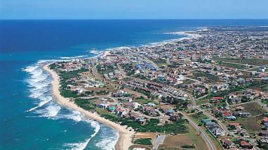 Jeffreys Bay, a town located in the Eastern Cape, is in for a commercial transformation, with Department of Environmental Affairs investing over R12m to upgrade facilities at the main beach area.