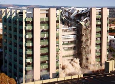 The Nedbank Gardens came crashing down in a cloud of dust and rubble when it was imploded to make way for a new development