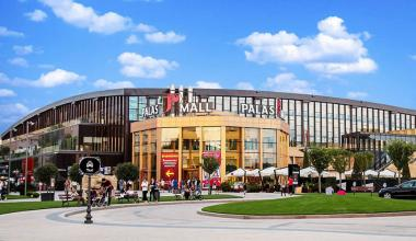 Pareto Group buys 25% stake in Atterbury Europe, whose portfolio includes investments like Iulius Mall Iasi in Romania.