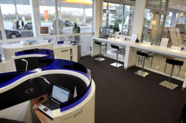 Regus business lounge opens at Shell motorway station