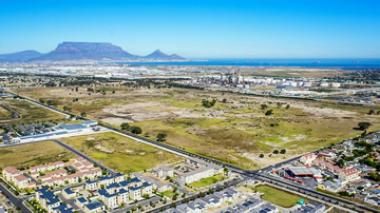An aerial view of the prime 84ha greenfields site where Richmond Park in Milnerton, Western Cape will be developed by Atterbury Property.