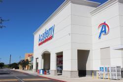 Emira Property Fund has bought stake in San Antonio Crossing – San Antonio Texas.