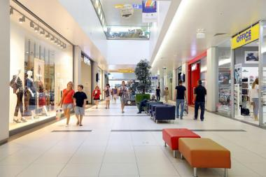 Hyprop Investments buys Skopje City Mall in Macedonia through Hystead, a British company co-owned by Hyprop and PDI Investment Holdings.