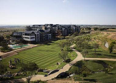 The multi-billion rand Steyn City Lifestyle Resort, north of Fourways in Johannesburg, was launched by Auto & General insurance owner, Douw Steyn.