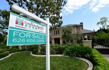 Despite mortgage loan rates running at record lows and new hiring by companies strong, used home sales across the United States fell 0.9 percent in the month, after a 3.2 percent drop in July.