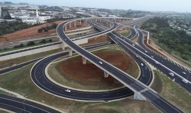 The R1.1 billion interchange Mount Edgecombe Interchange is set to boost Commercial space demand in KwaZulu Natal.