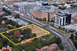 The construction of the Gautrain station, major commercial property and transport developments in Rosebank are among exciting projects that have turned the node into a unique, vibrant and cosmopolitan hub.