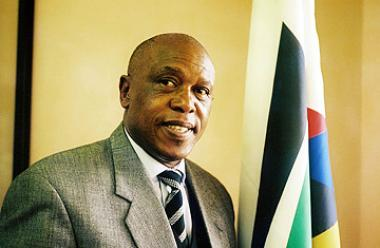 Tokyo Sexwale, South Africa's Human Settlements Minister